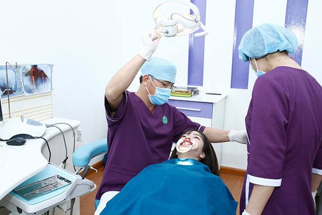 Khám điều trị tại nha khoa đà lạt